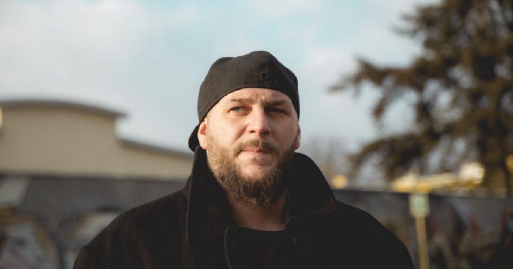 """""""To nie jest hip-hop. Rozmowy"""" / wywiad - Kasta"""
